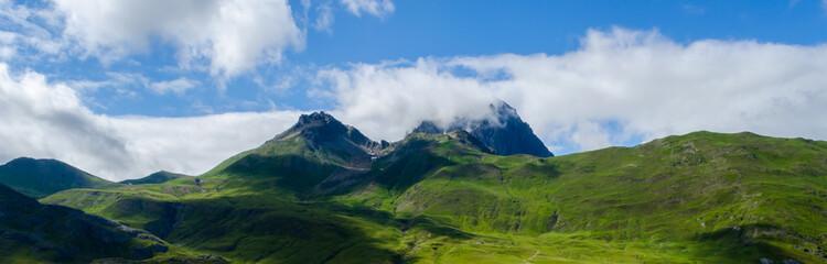 Panoramica pirineo arahones