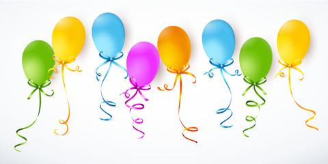 Bunte Luftballons mit Schleifen