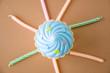 Obrazy na płótnie, fototapety, zdjęcia, fotoobrazy drukowane : cupcake toy with candles