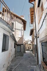 Calle típica, Guisando, Ávila, España