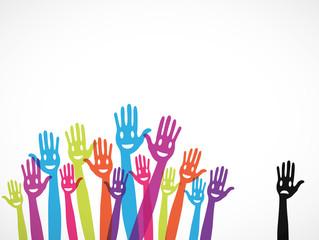 mains groupe exclusion étranger