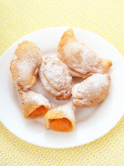 Cakes with apricots