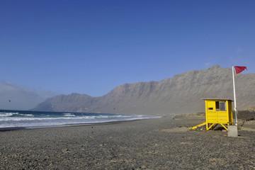 poste de garde playa de Famara