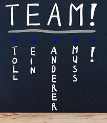 Tafel mit Team Fehlinterpretiert