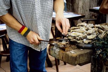 apertura ostriche mollusco bretagna francia