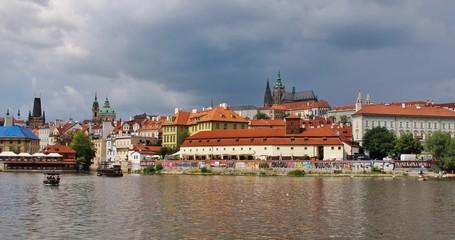 Prag, Moldau mit Kleinseite