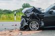 Leinwanddruck Bild - Beschädigtes Auto nach Verkehrsunfall