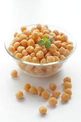 茹でたヒヨコ豆