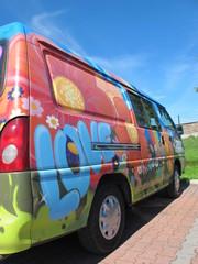 camping mit hippie bus