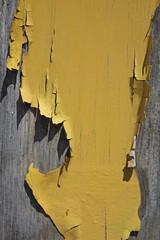 peinture jaune craquelée