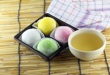 Japanese desserts made of sticky rice.