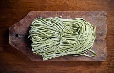 Green pasta