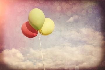 Kolorowe balony w stylu retro