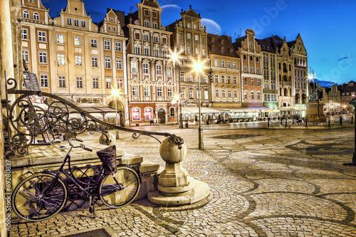 obraz PCV Wrocław Stare Miasto wieczorem.
