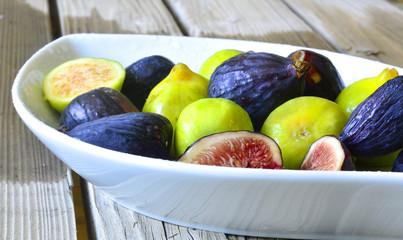 Figs fruit.