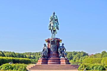 Friedrich Franz II. Reiterdenkmal - Schweriner Schlossgarten.