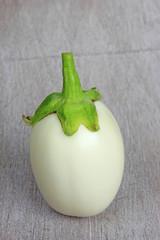 Weiße Aubergine
