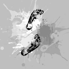 Отпечатки ног и кляксы