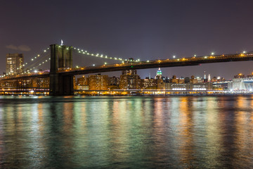 Brooklyn Bridge in New York, Night View