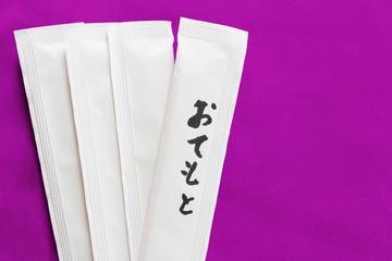 割り箸_紫背景