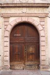 Portale di Palazzo Quetta-Alberti-Colico a Trento