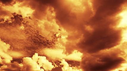 Fast Lowering Clouds. 4K.