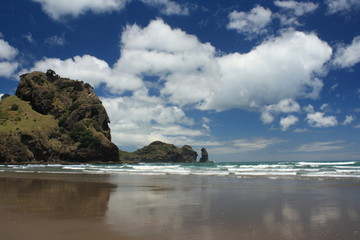 Piha beach at low tide, New Zealand