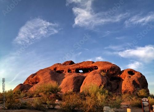 Leinwanddruck Bild Hole in the Rock Hiking Papago Park in Phoenix Arizona