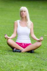 Yoga im Stadtpark