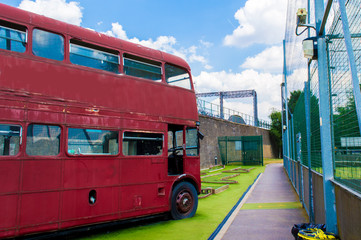 Crazy Golf, Red Bus