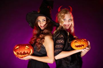 Females with pumpkins