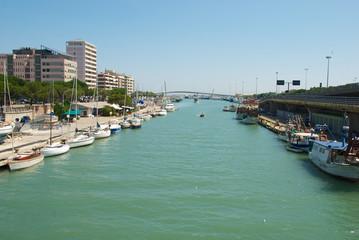 Pescara, Porto Canale