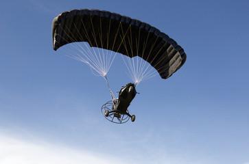Flight aerochute in the sky