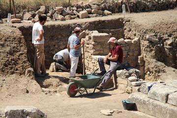 Archäologen