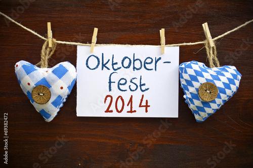 canvas print picture Stoffherzen mit Schild und Oktoberfest 2014