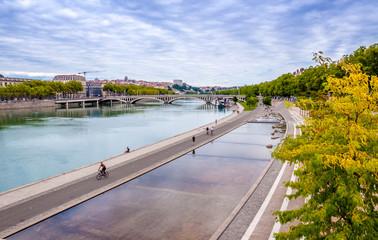 Rives de Saône