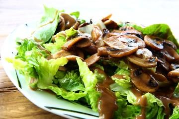 salat mit pilzen I