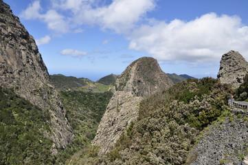 горы на острове Гомера