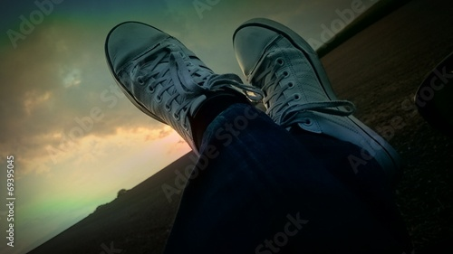 canvas print picture Sonnenuntergang in Sneakers art