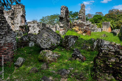 Fotobehang Centraal-Amerika Landen Old Panama City Ruins, Panama