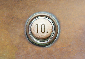 Old button - 10