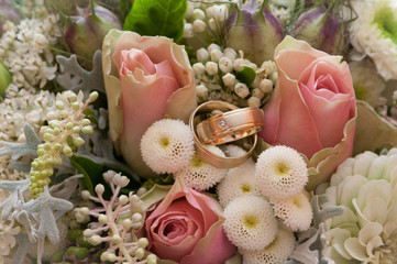 Bride's boquet with rings