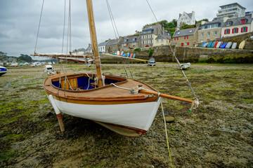 Trockengefallen in Le Conquet, Bretagne