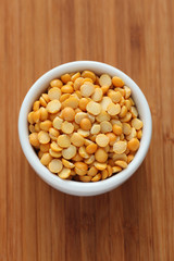 Split yellow peas in a bowl