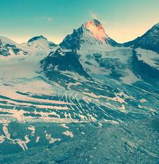 mountains vintage