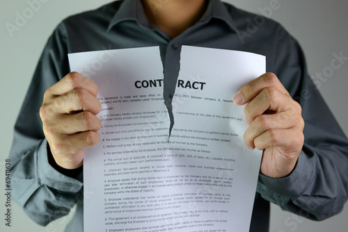 Tearing contract - 69411638