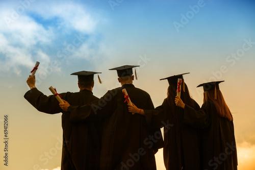 graduation students - 69412066