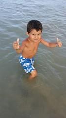 Bambino in mare