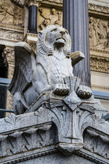 Basilique de Fourvière, détail statue, Lyon