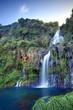 Bassin et cascade à La Réunion.
